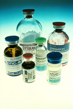 cancer -Chemotherapy_bottles_NCI